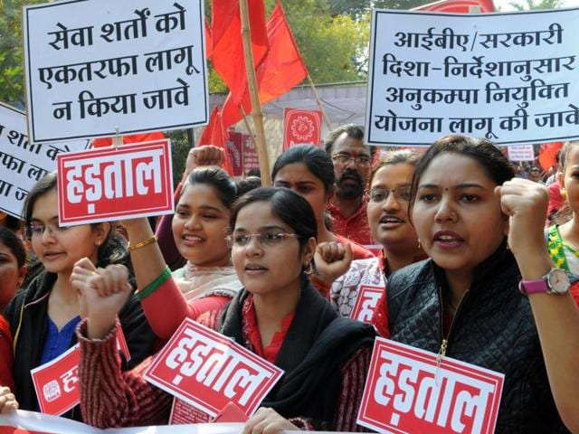 Members of MP Bank Employees Association hold a demo in MP Nagar in Bhopal on Friday.