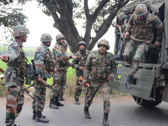 Gurdaspur,Two militants,Offensive