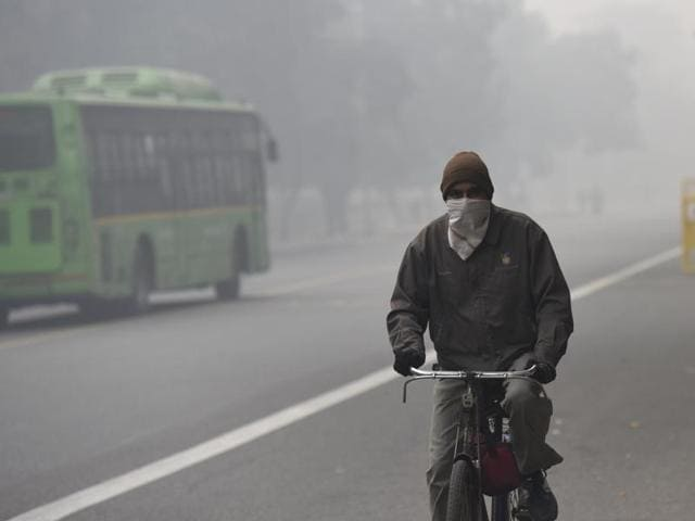 According to the India Meteorological Department, the weather forecast for Friday showed partly cloudy skies in Delhi with moderate to dense fog likely to continue into the forenoon.