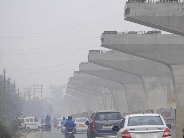 A week into the 15-day trial run, the city government, battling criticism that the odd-even formula for private cars had failed to clean city's dirty air, said concentration of particulate matter 2.5 (PM 2.5) had fallen significantly.
