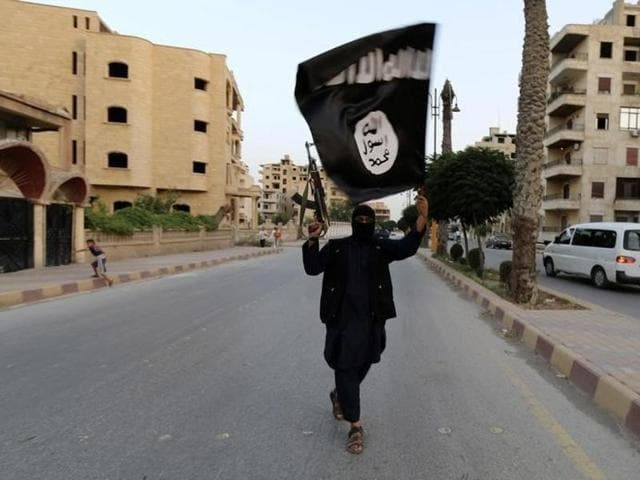 An Islamic State fighter executed his own mother in front of hundreds of people because she reportedly asked him to leave the terrorist group.