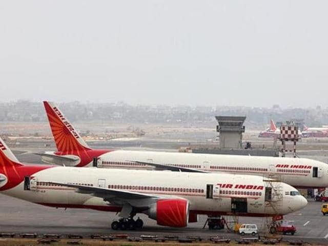 High drama and confusion reigned at Delhi's IGI airport on Friday after an Air India flight to Bhubaneswar was delayed by eight hours. (Sattish Bate/HT File Photo)