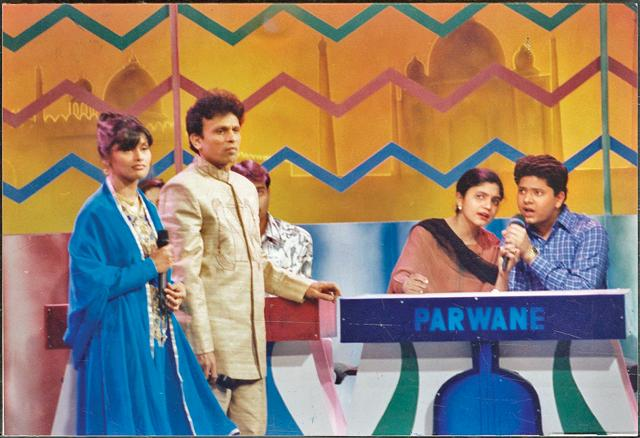 Annu Kapoor and Pallavi Joshi in Close up Antakshari. (HT Photo).