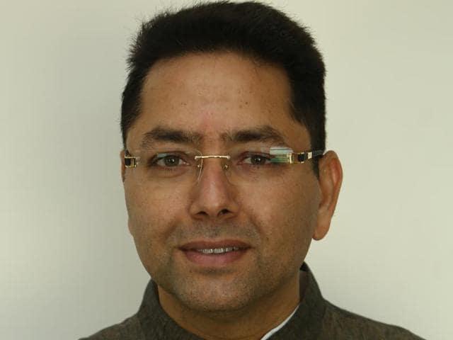Congress,AAP,Aman Arora