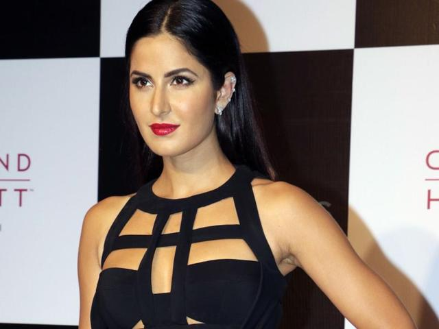 Katrina Kaif attends the Van Heusen - GQ fashion show in Mumbai on December 2, 2015. AFP PHOTO