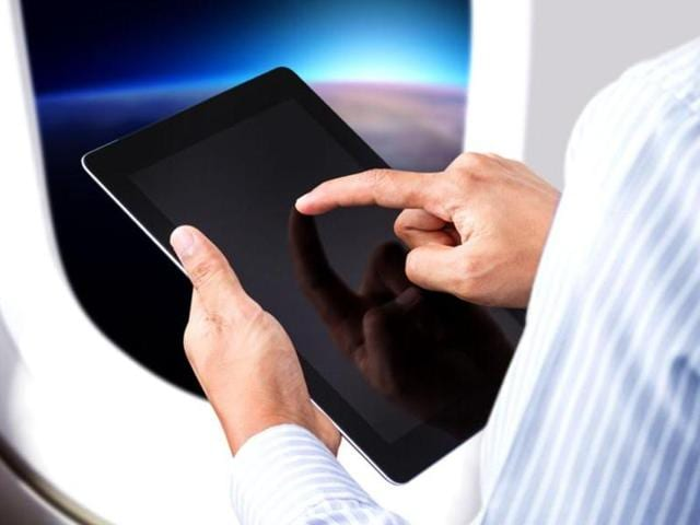 Most of the major tablet vendors have slowed their pace in the development of 7-inch or larger tablets, a phenomenon that has been best illustrated at this year's Consumer Electronics Show.