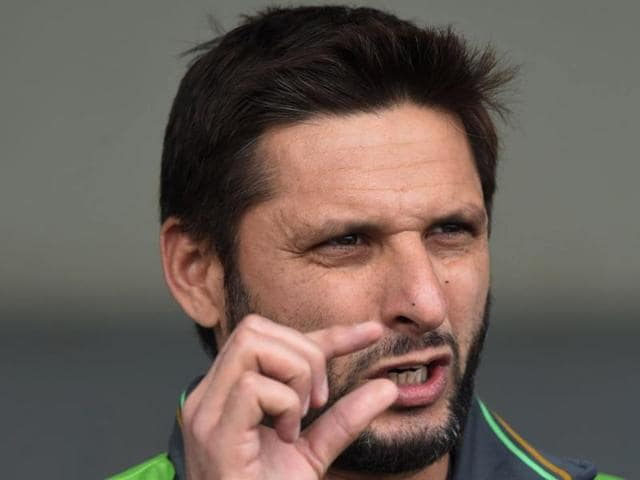 Afridi told the Pakistani media that he and Shehzad had forgotten to change their US dollars into New Zealand currency before going to the restaurant