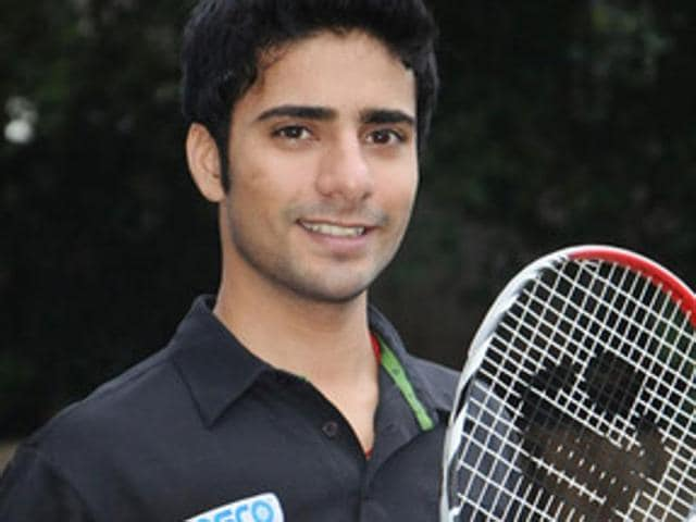 Squash player Ravi Dixit has offered to sell his kidney for Rs 8 lakh to be able to fund his participation in the upcoming South Asian Games.(Ravi Dixit's Facebook page)
