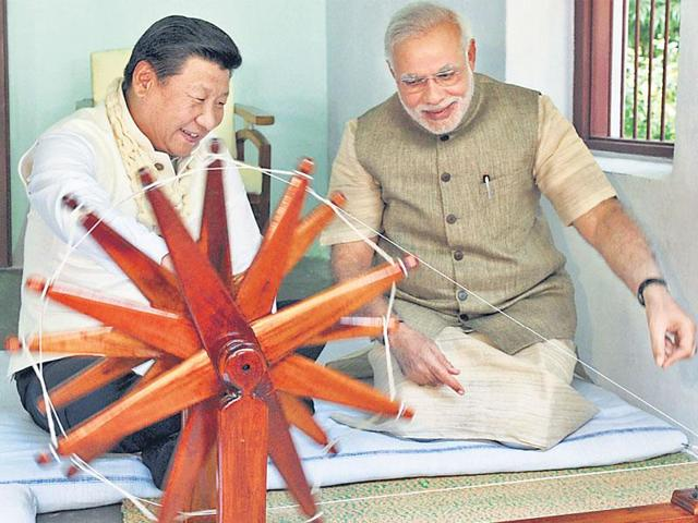 India's trade deficit with China has risen to a huge $45 billion, with bilateral trade remaining far below the ambitious mark that the prime minister has set with his Chinese counterpart in 2015.(HT Photo)