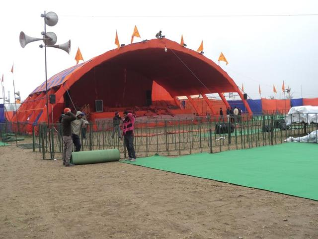Maghi mela political conferences, parties shift to larger venues, preparations were on Wednesday.