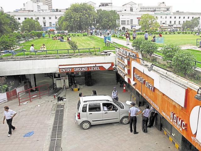 NDMC proposes to install a smart system at parking lots, which will inform the drivers about the availability of space and help authorities manage parking space better.