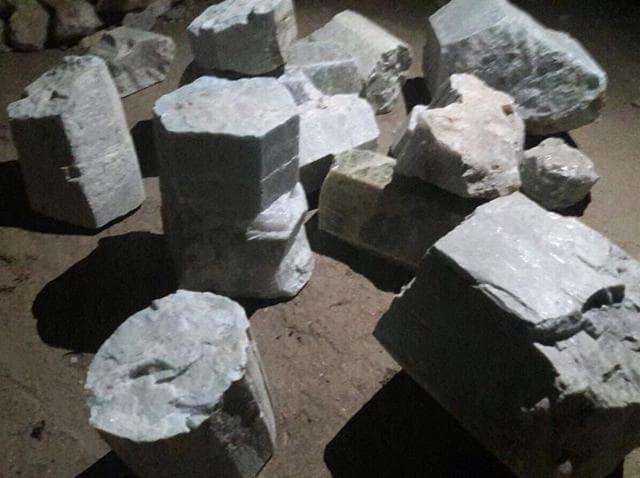 Beryl,Mining,Smuggling