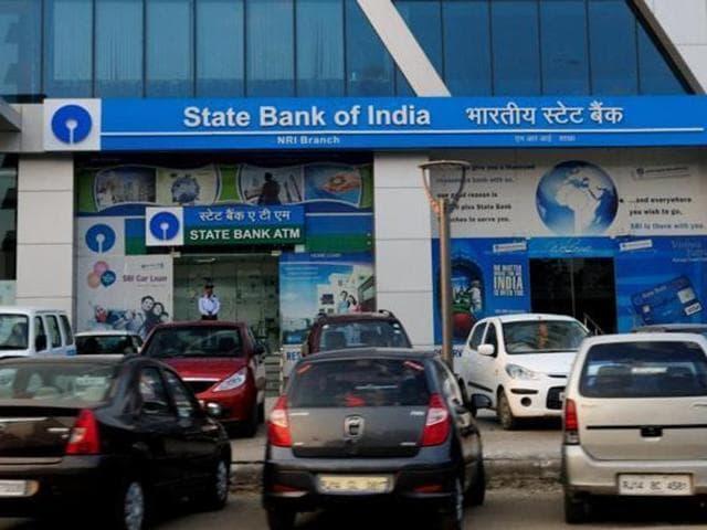 Bank employee,State Bank of India,Haryana CM Bansi Lal