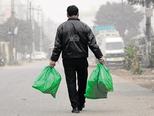 polythene ban,noida,UP govt