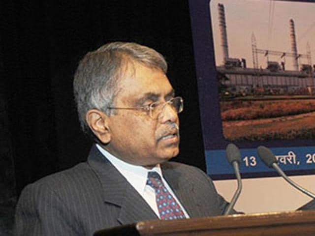 It is proposed to draw up panels of IPS, IFoS and officers belonging to other Group A services for appointment at the level of secretary and additional secretary in the government of India, cabinet secretary PKSinha said in a letter.