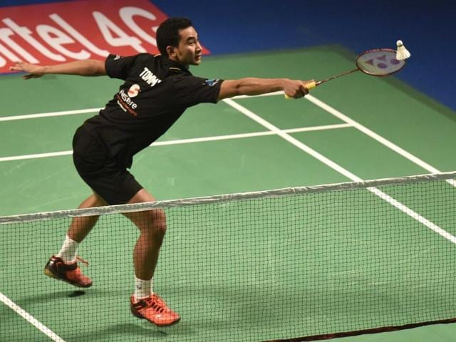 Tommy Sugiarto lost the first game to HS Prannoy 13-15, but came back strongly to win 15-9, 15-9.