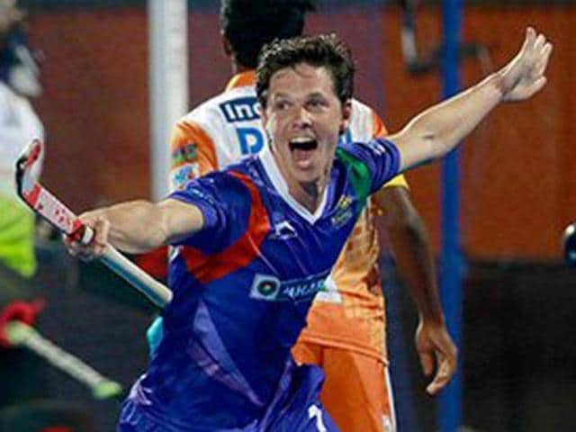 Wouter Jolie scored the first goal of the league by smashing a hit direct to the goal post.(Photo: HIL)