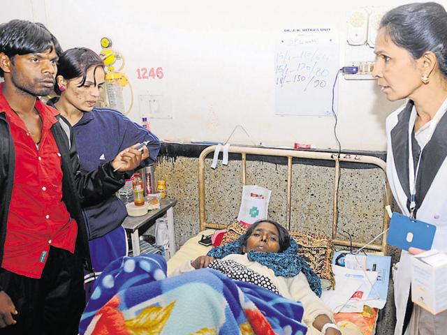 RIMS matron Vijaya Lakshmi conducts an inspection at a ward on Monday.