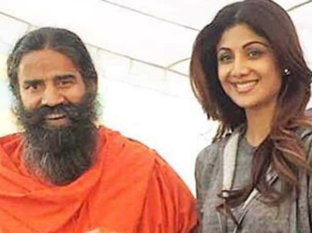 Baba Ramdev and Shilpa Shetty Kundra at the yoga shivir.