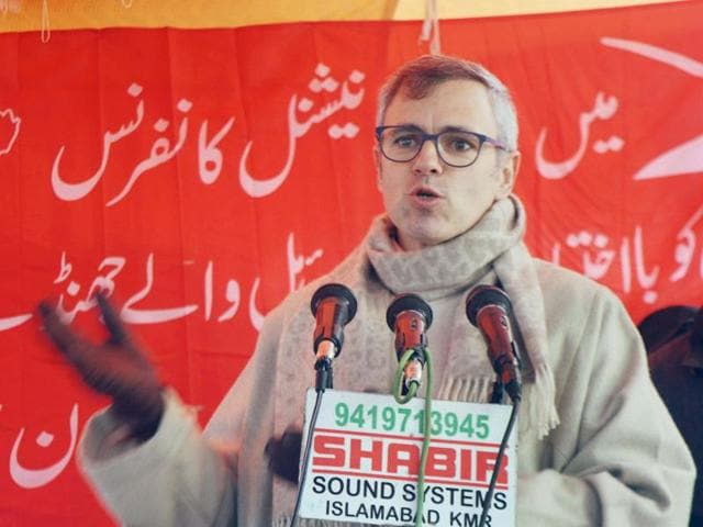 """In an open letter to Mehbooba Mufti, the National Conference leader said """"to dilly-dally is the biggest disservice you can do"""" to people of the state as they should not be denied an elected government.)"""