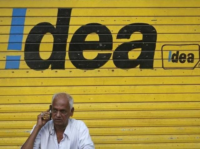 Telecom operator Idea Cellular reported on Thursday a marginal decline in consolidated net profit at Rs 764.21 crore for the third quarter of 2015-16.