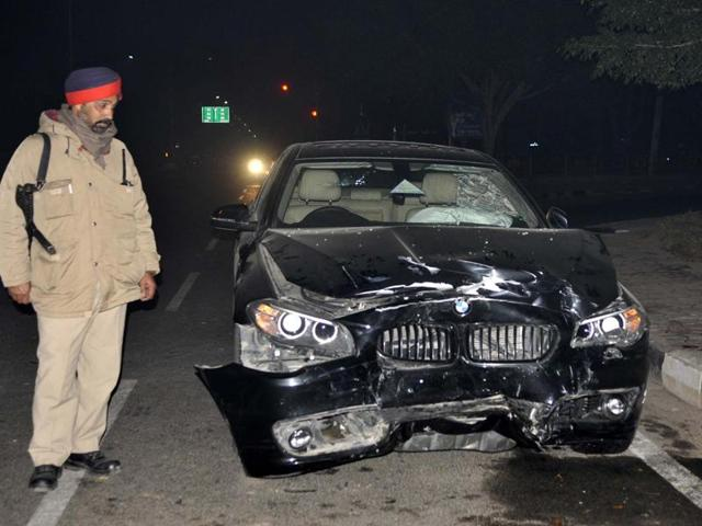 The damaged vehicle at the PCL light point in SAS Nagar on Tuesday. The victim is yet to lodge a complaint.