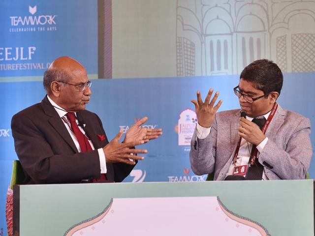 Left to right: Shyam Saran, Venkat Dhulipala and Christophe Jaffrelot during the session The Pakistan Paradox at Jaipur Literature Festival 2016.