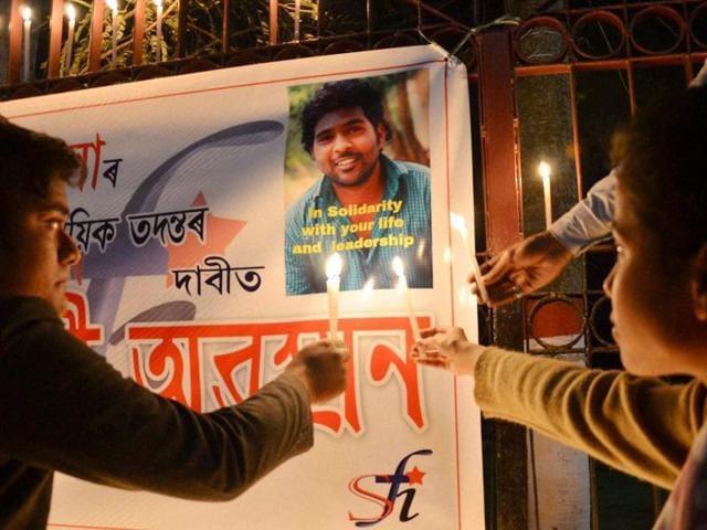 Hyderabad Dalit student suicide,Smriti Irani,HRD ministry