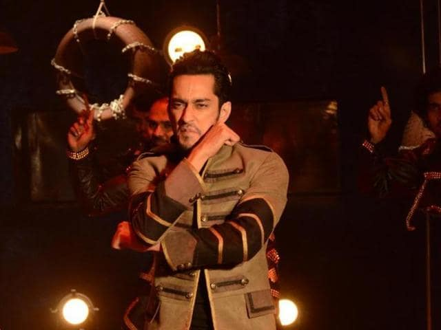 Bigg Boss 9 first runner-up Rishabh Sinha says he the champion of people's hearts. Prince Narula won the  reality show.
