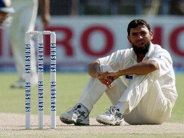 Saqlain Mushtaq has lent his voice to the ongoing India-Pakistan series debate, saying that sporting ties should resume between the two nations.