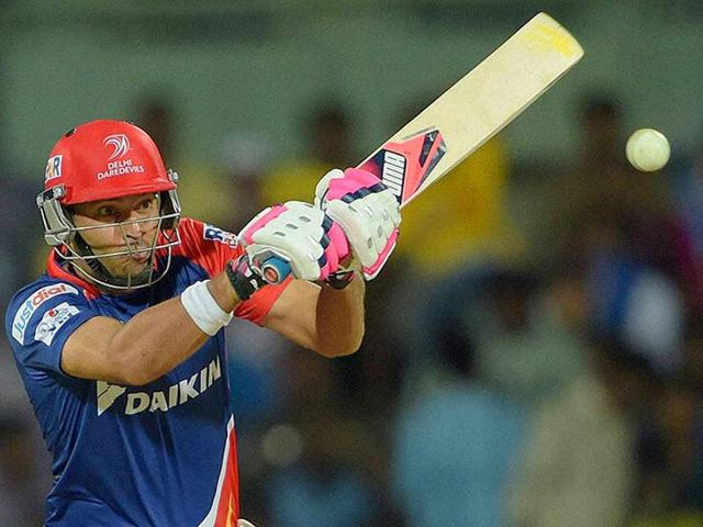 Apart from Yuvraj Singh, England swashbuckler Kevin Pietersen and in-form Australian all-rounder Mitchell marsh are among the 12 players who have listed the highest base price ahead of the IPL auction.