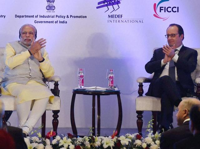 Prime Minister Narendra Modi and French President Francois Hollande during the India-France Business Summit in Chandigarh on Sunday.(PTI)