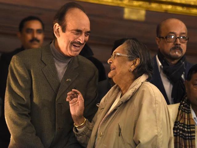 Congress leader Ghulam Nabi Azad with Chitra Bose, Netaji's niece, in New Delhi on Saturday.