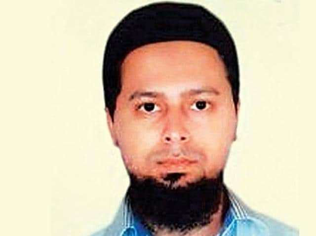 The nabbing of Muddabir Mushtaq Sheikh from Mumbra, a suburban Thane district, as part of the countrywide crackdown against the Islamic State  that led to the arrest of 14 people, has brought to the fore the systematic recruitment process and the al Qaeda-like hierarchical structure of the terror outfit in India, leaving the central and state agencies worried