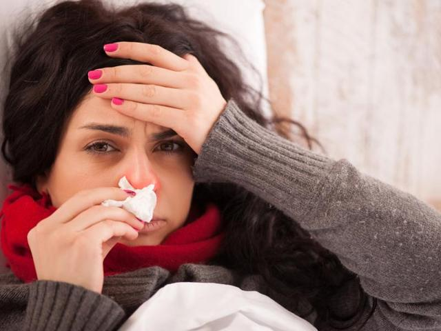 Is the rising pollution wreaking havoc on your health? Here are some easy home remedies to keep you glowing.