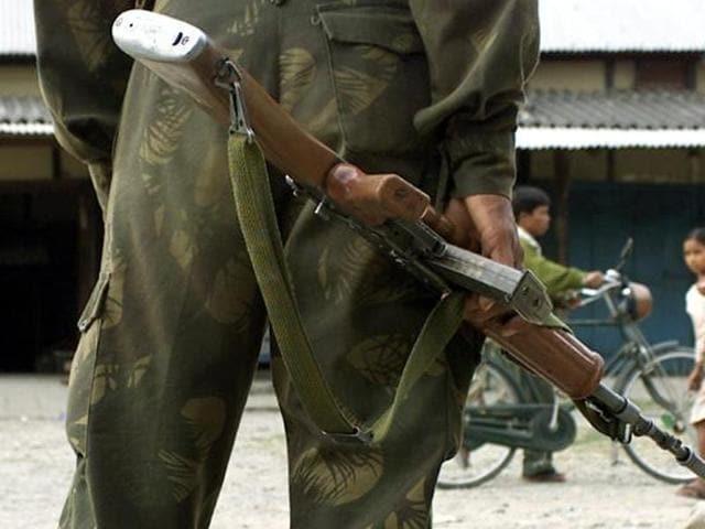 Kulgam district,Kashmir,rifle