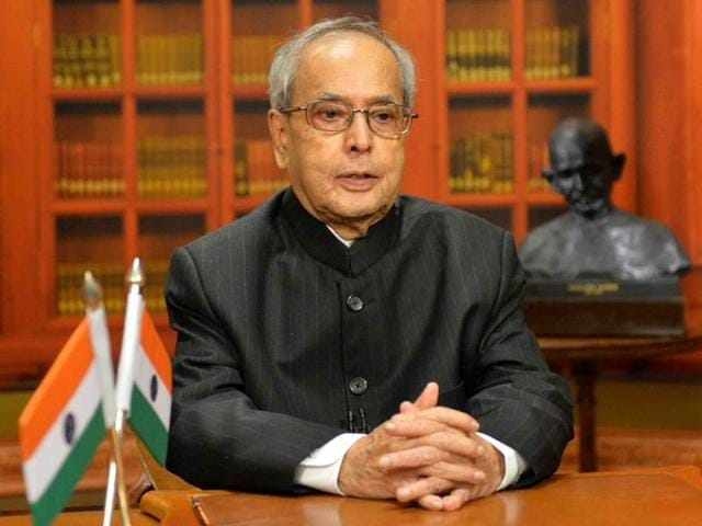 President Pranab Mukherjee addressing the nation on the eve of 67th Republic Day.(Twitter)