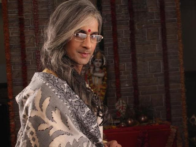 Cross-dressing has become a fad on the small screen. (HT)