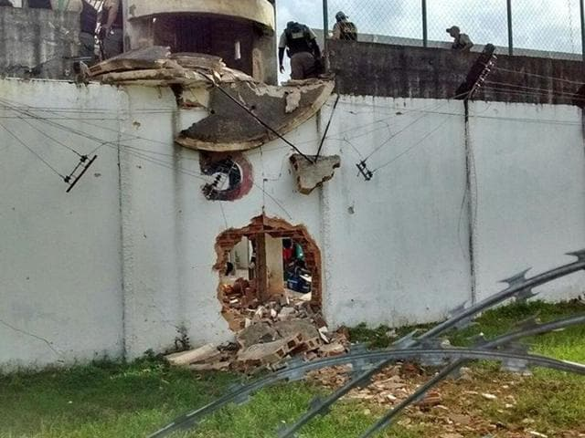 Over 100 prisoners exploded a section of the outer wall of the prison and fled.