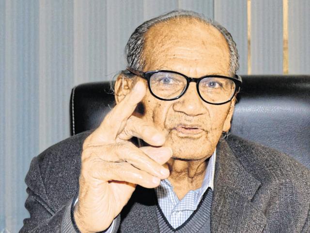 Dr DS Gambhir,Ram V Sutar,Republic Day