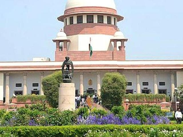 The Supreme Court on Wednesday asked the Centre to apprise it within two weeks the status of the probe by the special investigation team that was set up in February 2015 to examine afresh the 1984 anti-Sikh riot cases closed by the police for lack of sufficient evidence.(HT File Photo)