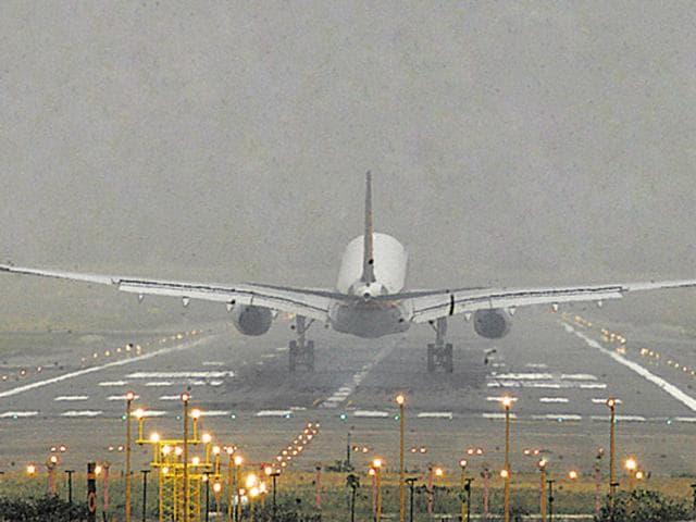 March,Aviation,passenger traffic