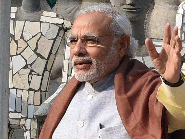Prime Minister Narendra Modi will meet his entire council of ministers on Wednesday evening for a mid-term review of his government's performance ahead of crucial assembly elections in several states
