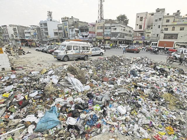 In October last year, municipal employees had gone on strike on the same issue and the most visible impact was the heaps of garbage that piled up along the roads during the strike