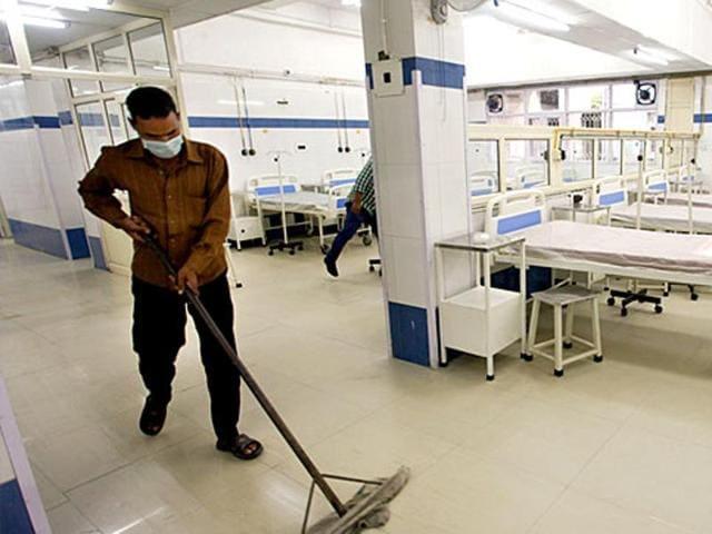 TheSadguru Netra Chikitsalaya said it had sent vials of Avastin to a high-tech lab in Indore for testing.