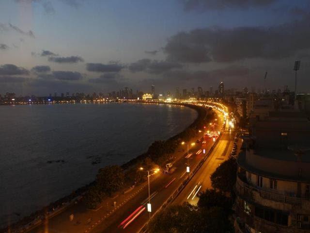 Mumbai,Marine Drive,LED