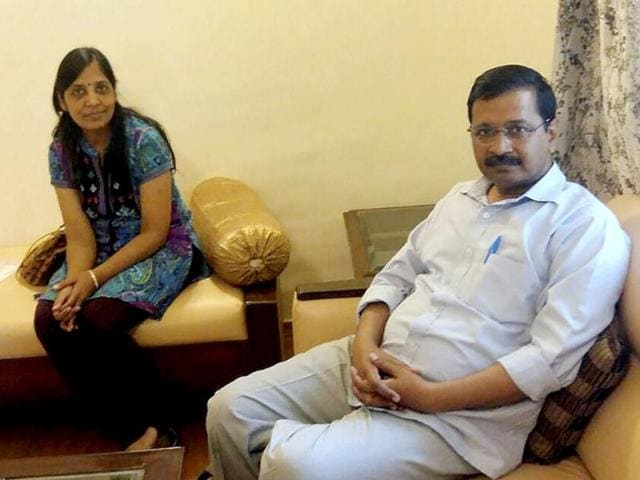 Delhi chief minister Arvind Kejriwal along with his wife Sunita at Jindal Naturopathy Centre for treatment in Bengaluru.