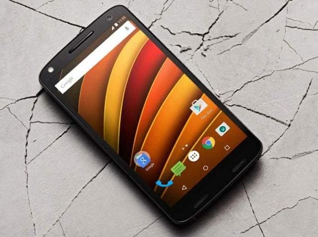 Highly anticipated 'Moto X Force' smartphone listed on Amazon India ahead of its official launch on February 1. Features a 'ShatterShield' display which the company touts won't crack for up to a period of 4 years.
