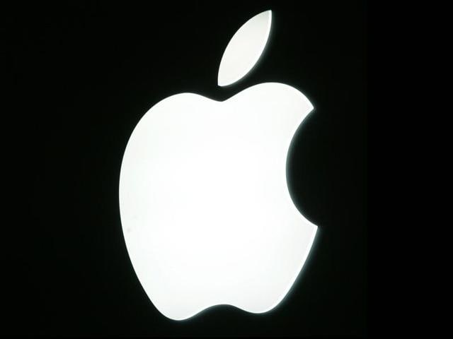 Picture shows the logo of US Apple computer group  in Paris, on the first day of the annual five-day Apple exhibition.