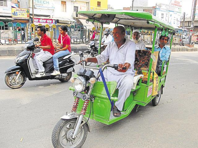 The district magistrate has also given directions to install GPS devices in all e-rickshaws for added safety.